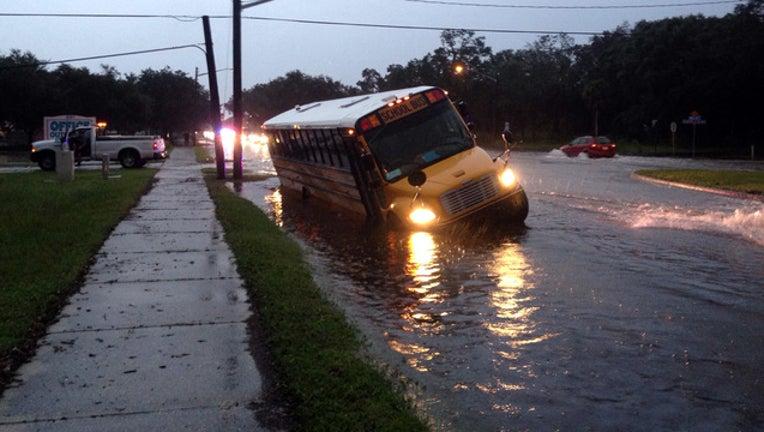 baec6f64-bus in water_1503924108772.jpg