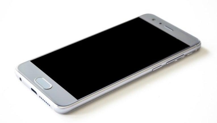 cd2c6502-cell phone generic_1505399937132.jpg