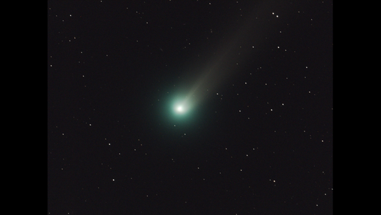 824218d3-comet lovejoy_1445893015169.png