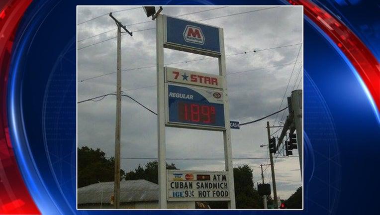 cf9fa2e4-gas prices_1442358959006.jpg