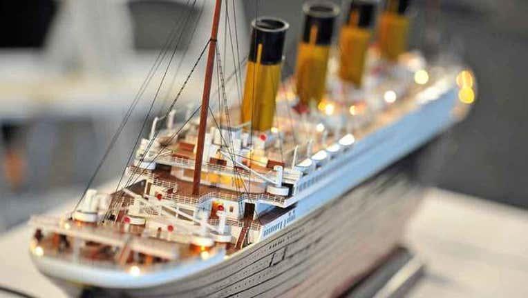 d2741073-getty-titanic-scale-model-102318_1540298118239-65880.jpg