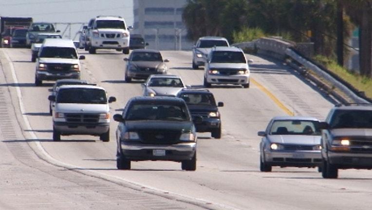 highway-driving-traffic_1479775247803-402429.jpg