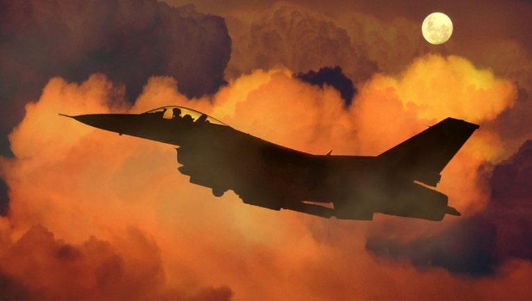 7389ac90-Navy jet-401720