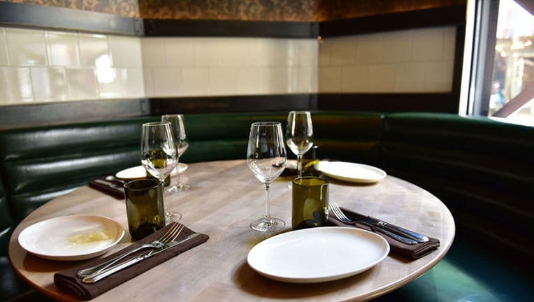 10cce400-restaurant-GETTY-IMAGES_1510234605830-65880.jpg