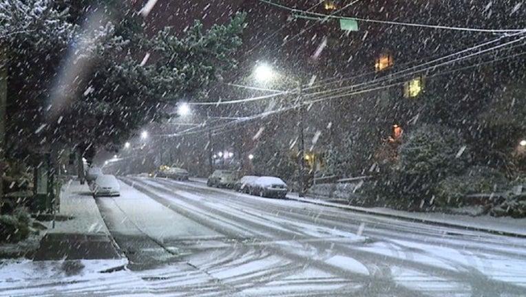 e3e9cdb4-snow-402429.jpeg