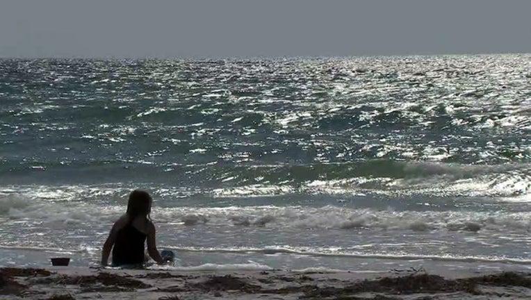 d62ffdf1-girl-on-beach-still-2019-07-24-08h31m16s431_1563971756144.jpg