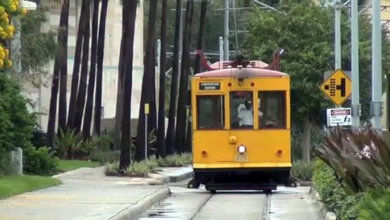 27b88f48-streetcar_1528807306086.jpg