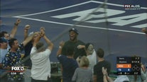 Bucs' O.J. Howard makes bare-handed catch during ALDS Game 4