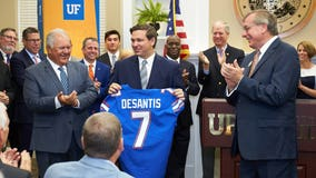 DeSantis supports Florida bills allowing college athletes to make money