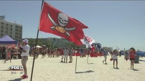 Fans gather for inaugural 'Bucs Beach Bash' in St. Pete Beach