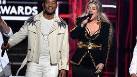 Kelly Clarkson, John Legend rework 'Baby, It's Cold Outside' lyrics