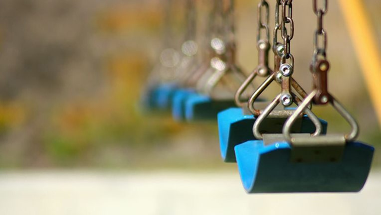 4bbac70e-swing set generic WFLD_1570332772683.jpg.jpg