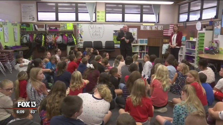 Students get history lesson from Medal of Honor recipient