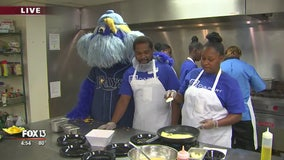 Rays join Metropolitan Ministries in cooking for a cause