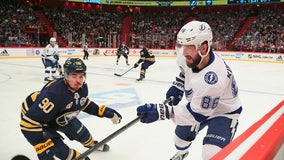 Kucherov scores as Lightning top Sabres 3-2 in Sweden