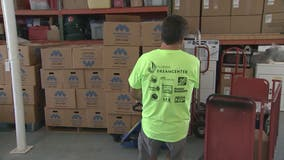 Thanksgiving meal boxes distributed to families in Pinellas County