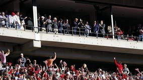 Trump receives mostly warm welcome at Alabama-LSU game