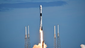 SpaceX launches second round of internet satellites