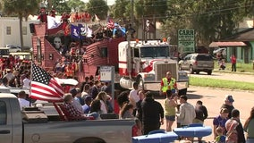 Hundreds turn out for Veterans Day parade in Ruskin