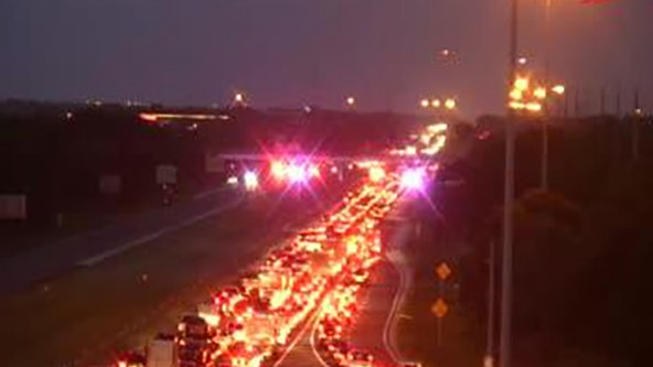 Crash closes I-75 lanes in Sarasota; overpass may be damaged