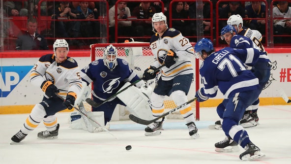 Lightning beat Sabres 5-3, sweep 2-game series in Sweden