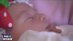 Christmas surprise: Baby born in the car on the shoulder of US 301 in Bradenton