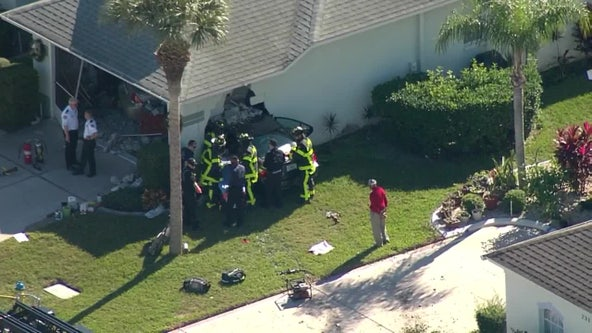 1 injured after car crashes into Sun City Center home