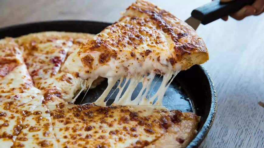 Delaware pizza store owner foils robbery by throwing pie at suspect, cops say