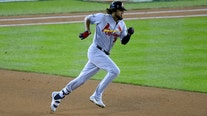 Tampa Bay Rays acquire Martinez from Cardinals for pitching prospect