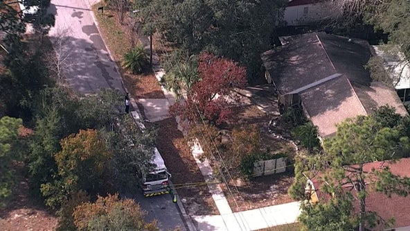 Firefighters find body inside Tarpon Springs home