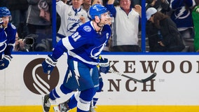 Stamkos leads Lightning in 4-2 win over Golden Knights