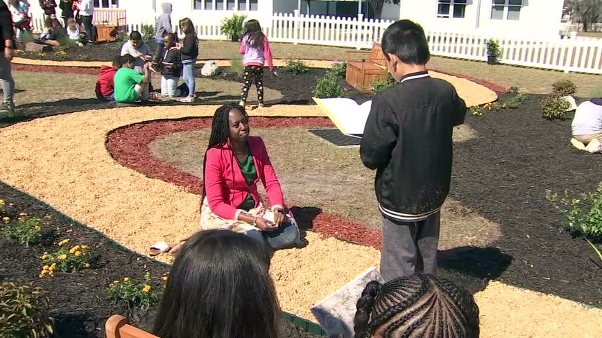 Wimauma school gets interactive learning space thanks to donation from teacher's alma mater