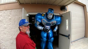 Cancer survivor shares special bond with Strawberry Festival's Rock-It the Robot