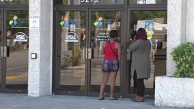 Unemployed search for jobs, file for benefits as businesses across Tampa Bay close
