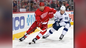 Red Wings earn elusive win over Tampa Bay Lightning, 5-4 in shootout