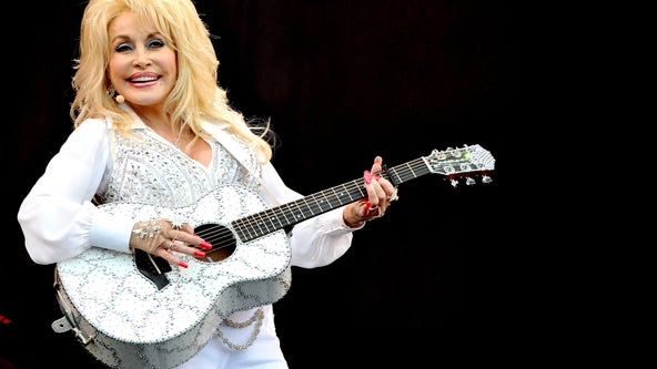 Dolly Parton to read bedtime stories for children during the coronavirus pandemic