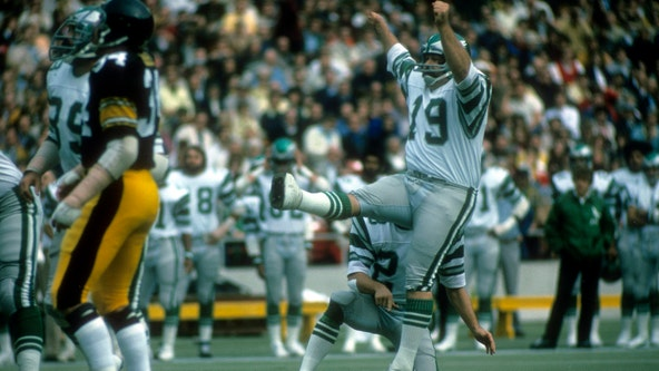 Former NFL kicker Tom Dempsey dead after testing positive for COVID-19