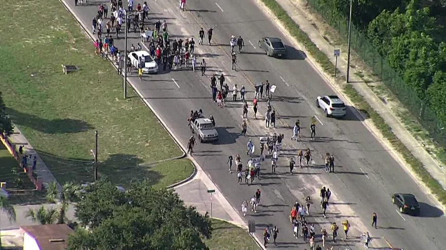 Hundreds of protesters shut down Tampa streets near Busch Gardens