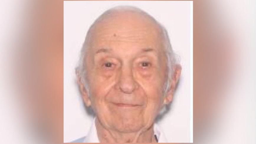 Sarasota detectives are searching for missing man with dementia