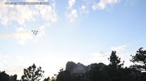 Blue Angels perform over Mt. Rushmore