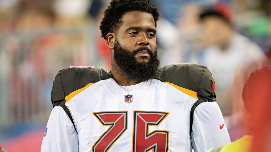 Buccaneers' Donovan Smith raises concerns about playing 2020 season: 'I'm not a lab rat or a guinea pig to tes
