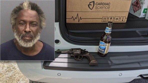 Deputies arrest Wimauma man with gun in one hand, beer in the other
