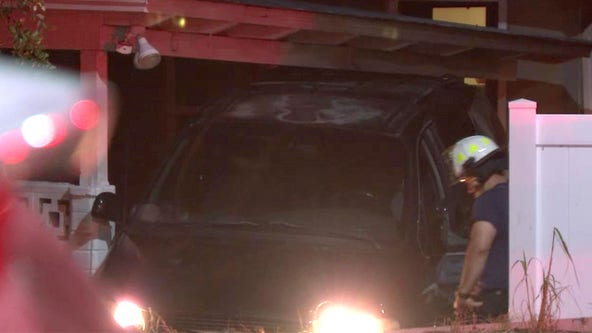 St. Pete driver ditches car after crashing into porch, police say
