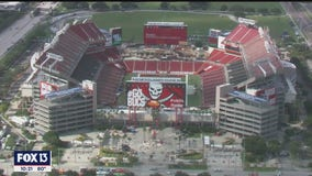 Bucs fans allowed back in the stadium