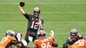 Brady and Barrett lead Buccaneers past Broncos, 28-10