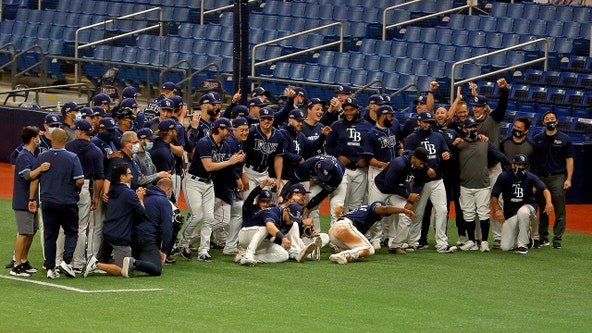 Renfroe slam helps Rays sweep Blue Jays in 1st round