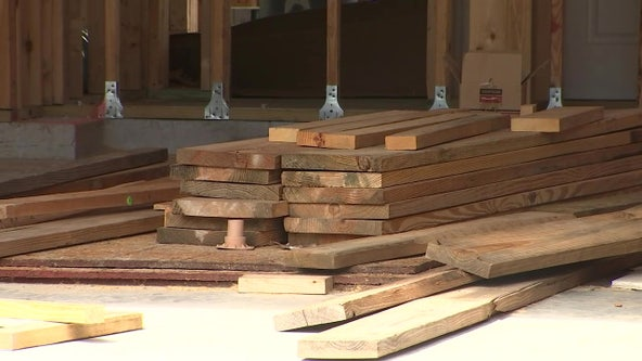 Builders blame pandemic as lumber supplies drop and prices spike