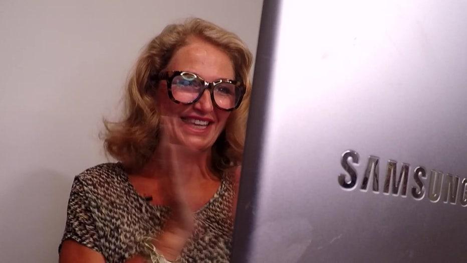 Lisa Asbell doing Zoom coaching
