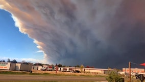 Smoke plume from Cameron Peak Fire visible for miles in Loveland, Colorado