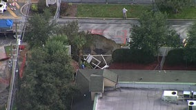 70-foot deep New Port Richey hole continues to grow